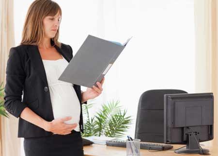 Больничный лист по беременности и родам, как заполнить?